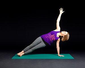 Yogalates se hodí pro každého.