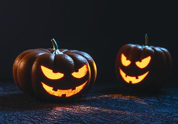 Dýně a Halloween jdou zkrátka k sobě.