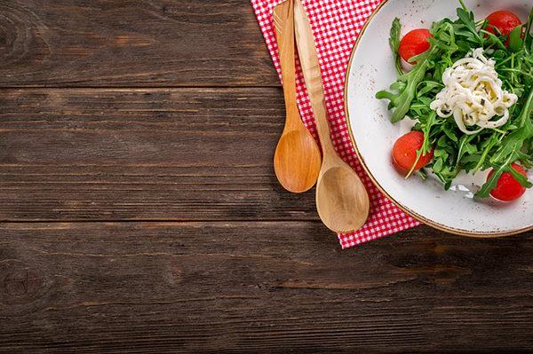 Domácí jídlo je mnohem kvalitnější, než to, které si koupíme ve fastfoodu.