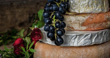 sýry s vínem